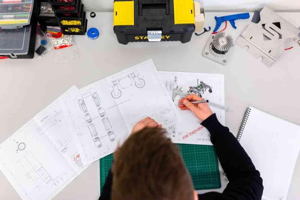 Veja quais as diferenças entre Engenharia Civil e Elétrica para fazer a melhor escolha