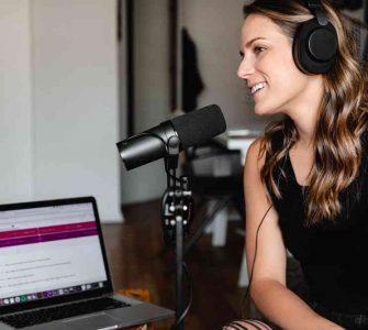 Confira os mMelhores podcasts sobre mercado de trabalho e aprimore sua carreira